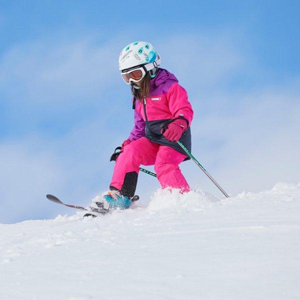 pinke Ski und Winterjacke Lego wear Schnee