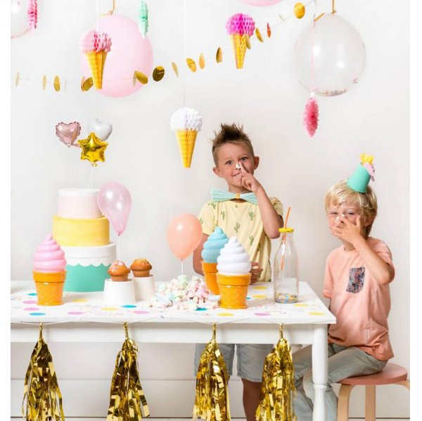 A little lovely company decoration ice cream