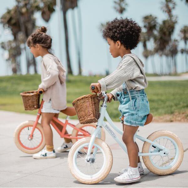 Banwood_first_go_pushbike_lifestyle