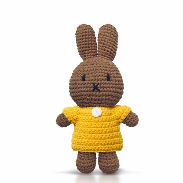 MELANIE handmade and her yellow dress