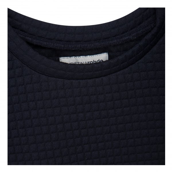 christina-rohde-long-sleeved-waffle-shirt-detail