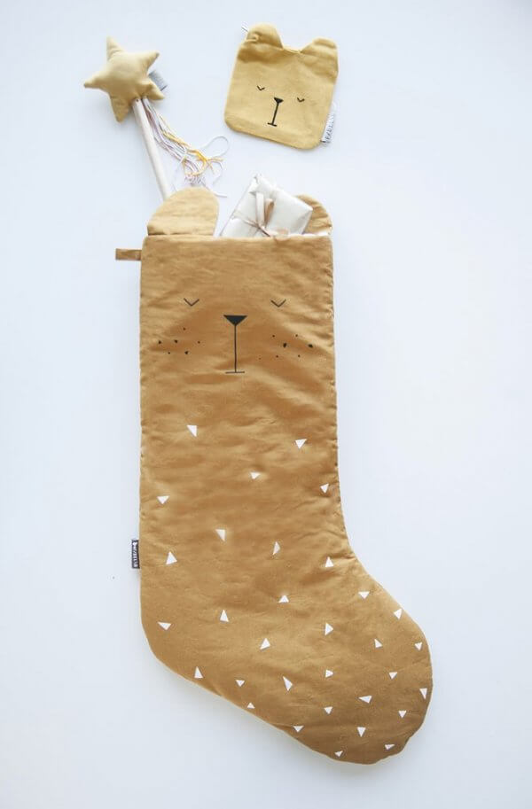 Fabelab-christmas-stocking-bear-gift