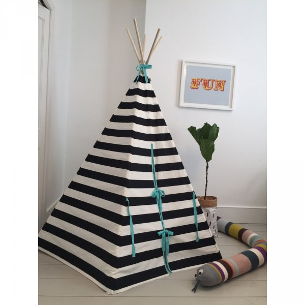 striped-teepee-black-white