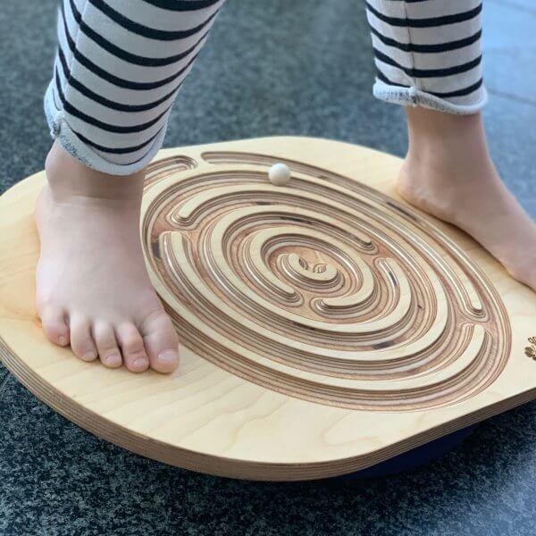Holz-labyrinth-outdoor-fun-geschenk