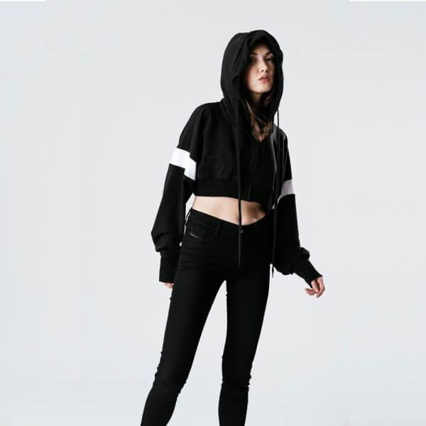 Kurz-hoodie-schwarz