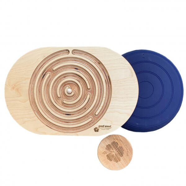 Holz-labyrinth-outdoor-fun