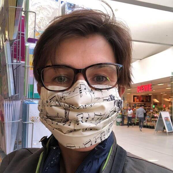 stylische_maske_musik