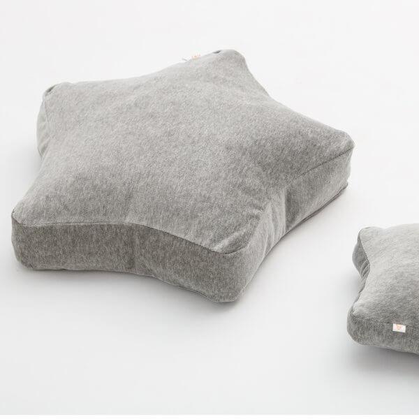 Wigiwama-Samt-Stern-kissen-grau