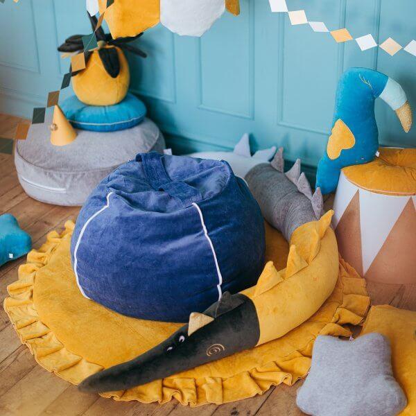 Wigiwama- Samt-sitzsack-blau-kinderzimmer