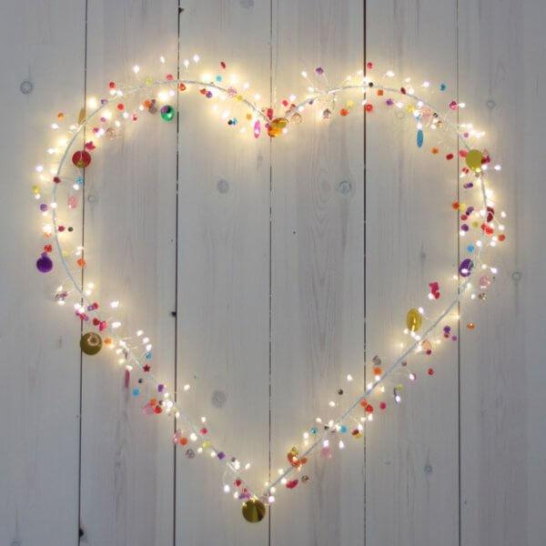 Herz-leuchte-Kinderzimmer-Wohnzimmer