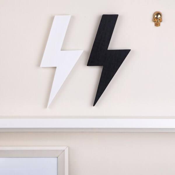 schwarzer-Holz-Blitz-Figg-einrichtung